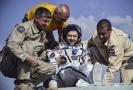 Z ISS se na Zemi vrátila trojice kosmonautů.