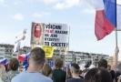 Demonstrace na pražské Letné.