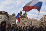 Vláda Andreje Babiše rozděluje společnost na dva tábory