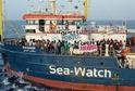 Loď má na palubě celkem 42 migrantů.