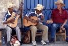 Pouliční kubánští muzikanti.
