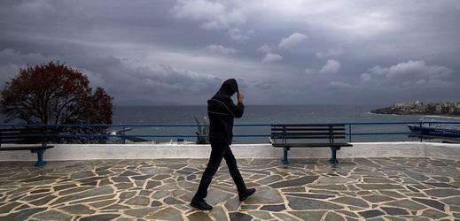 Chalkidiki zasáhly silné bouře, celkem zemřelo šest turistů.