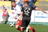 Slavia se s neoblíbeným soupeřem nadřela, výhru trefil Hušbauer