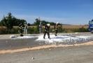 Hasiči likvidovali žíravinu vylitou na 256. kilometru dálnice D1 při havárii nákladního auta, které převáželo dva tisícilitrové barely s 94procentní kyselinou sírovou.