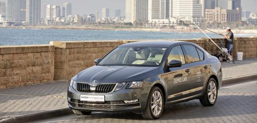 Škoda Octavia patří v nabídce zánovních vozů mezi nejčastější.