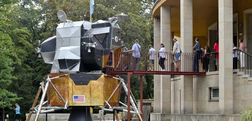 Replika přistávacího modulu Apolla 11 je součástí výstavy, kterou připravilo pražské Planetárium k 50. výročí přistání člověka na Měsíci.