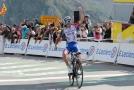 ŽIVĚ: Cyklisté opět míří do hor. Udrží Alaphilippe náskok?