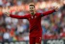 Cristiano Ronaldo v dresu portugalské reprezentace při Lize národů.