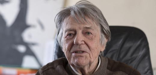 Francouzský režisér Jean-Pierre Mocky.