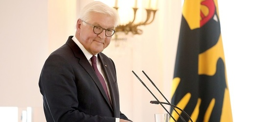 Frank-Walter Steinmeier označil berlínskou zeď za nelidskou stavbu.