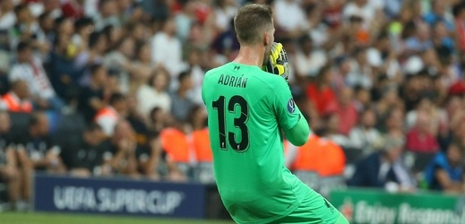 Adrián vychytal Liverpoolu vítězství v Superpoháru, jenže pak přišel k bizarnímu zranění.