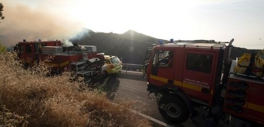 Hasiči bojují s dalším požárem na ostrově Gran Canaria.
