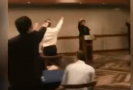 Studenti hajlovali u nacistické hymny. Škola se o trestu nezmínila
