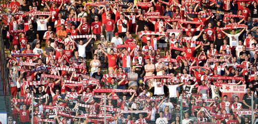 Slávističtí fanoušci.