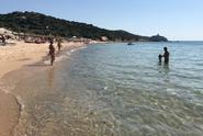"Sardinie zavede kvůli množícím se krádežím ""strážce písku"""