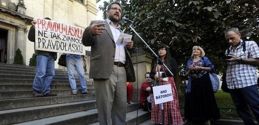 Kandidatura Michala Semína (SPD) vyostřila naposledy vztahy v koalici mezi ČSSD a ANO.