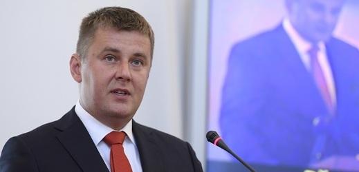 Ministr zahraničí Tomáš Petříček (ČSSD) připomněl, že vztahy Česka a Kosova jsou korektní.