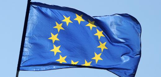 Lidé do třiceti let kladou důraz na členství v Evropské unii.