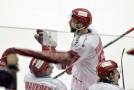 Tomáš Marcinko se raduje se spoluhráči.