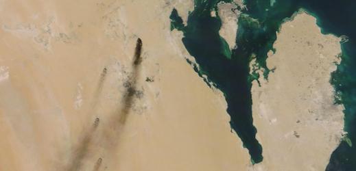 Útoky snížily těžbu ropy v Saúdské Arábii o polovinu.