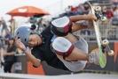 Třináctiletá Japonka se kvalifikovala na OH ve skateboardingu.