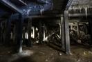 Praha musí kvůli hrozícímu zřícení do pěti dnů uzavřít přístup do okolí metronomu na Letné, které je zároveň střechou podzemí bývalého Stalinova pomníku.