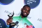Vítězem Mercury Prize se stal rapper Dave.