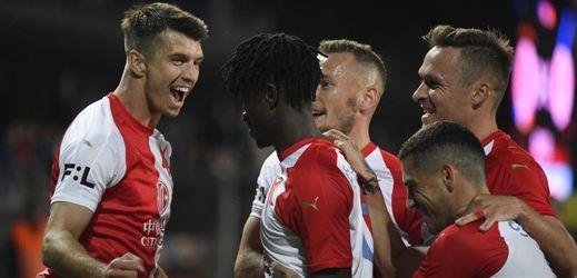 Sešívaná radost v derby, Slavia vyloupila Letnou.