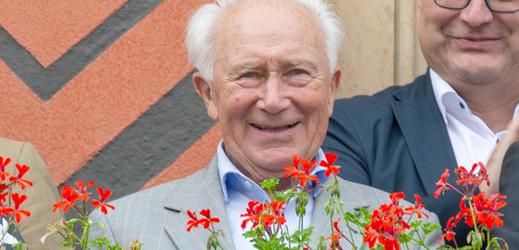 Zemřel kosmonaut Sigmund Jähn.