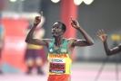 Etiopan Edris obhájil titul mistra světa na pět kilometrů.