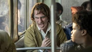 Joaquin Phoenix se do role Jokera vžil dokonale.