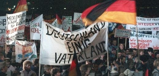 Demonstranti v Lipsku v roce 1989.