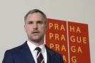 Primátor Zdeněk Hřib vystoupil v Praze na tiskové konferenci k ukončení partnerské smlouvy Prahy s Pekingem.
