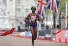 Keňská vytrvalkyně Brigid Kosgeiová zaběhla v Chicagu světový rekord v maratonu.