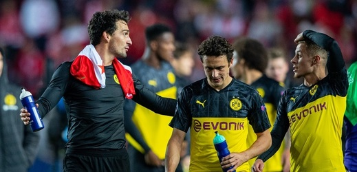 Slavia kvůli fanouškům Dortmundu zaplatí téměř 700 tisíc korun.