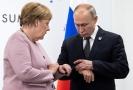 Angela Merkelová s Vladimirem Putinem.