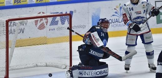 Hokejisté Komety Brno porazili v předehrávce porazili Plzeň.