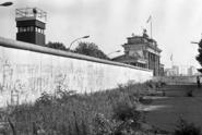 Historik: Kvůli Československu padla berlínská zeď dříve