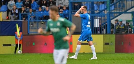 Nepovedená první půle podještědského derby s Jabloncem donutila libereckého fotbalistu Romana Potočného k tomu, že o poločase snad poprvé v životě v kabině křičel na spoluhráče.