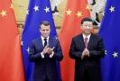 Francouzský prezident Emmanuel Macron a jeho čínský protějšek Si Ťin-pching.