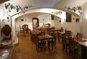 Ve Zborovské ulici se otevřela vinárna V BOBULI.