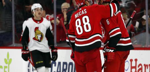 Útočník Nečas zažil v NHL první dvoubodový zápas.