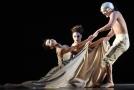 Baletní inscenace Kylián - mosty času.