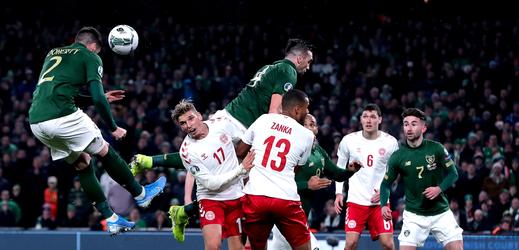 Švýcaři a Dánové jsou dalšími účastníky Eura.