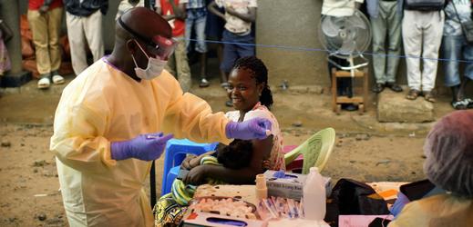 Očkování proti ebole v Kongu.