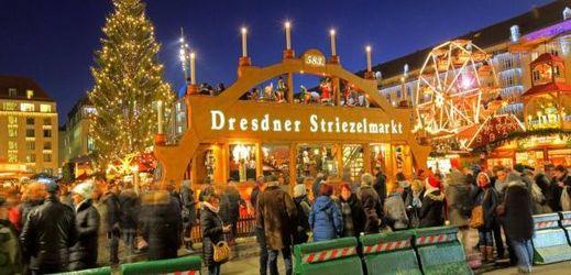 Vánoční trhy v Drážďanech.