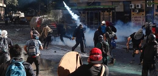 Protesty v Chile.