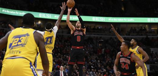 Satoranskému se nedařilo, Chicago padlo s Golden State