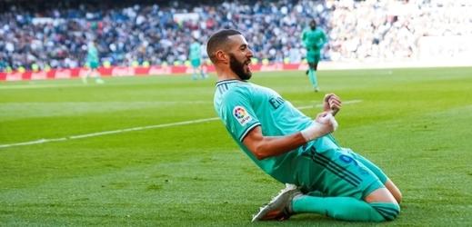 Real doma nezaváhal a je první. Předstihne ho Barcelona?