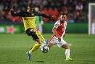 ŽIVĚ: Slavia se loučí. Vítězně? Proti Dortmundu nastoupí Škoda.